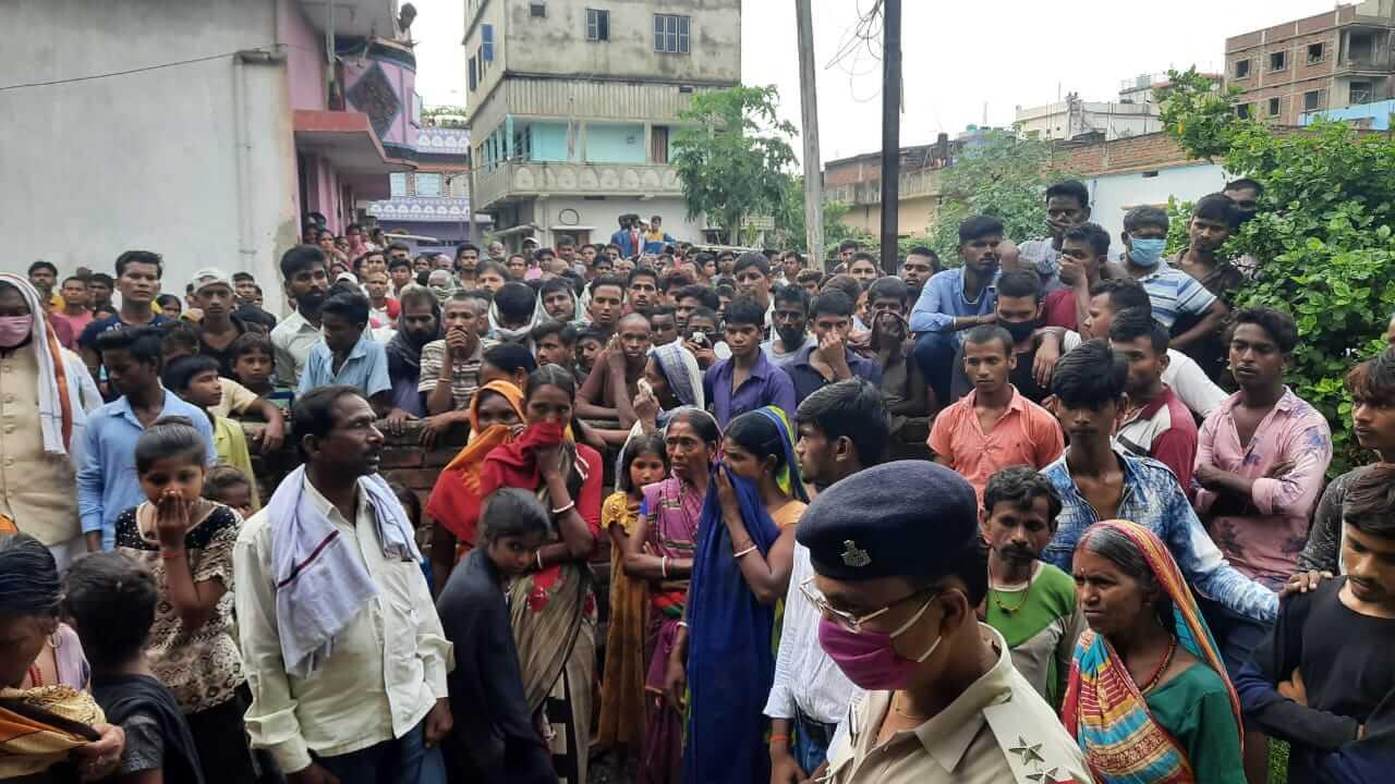 DEEP NAGAR 4 MURDER 5 • Nalanda Darpan / नालंदा दर्पण : गाँव-जेवार की बात। • गाँव-जेवार की बात।