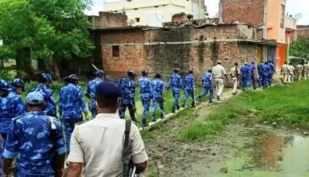 Violent clash between two groups in Bihar Sharif Nagar half a dozen injured in stone pelting • Nalanda Darpan / नालंदा दर्पण : गाँव-जेवार की बात। • गाँव-जेवार की बात।
